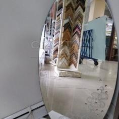 Овальное зеркало с рисунком и камнями Swarovski