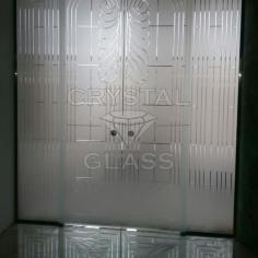 Перегородка со стекла с гравировкой