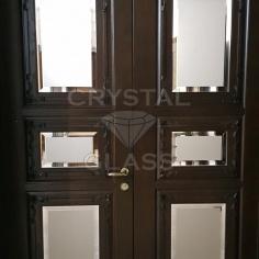 Двери с фацетом и матировкой
