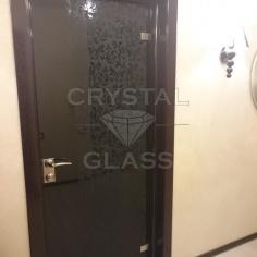 Стекло с матовым рисунком для дверей