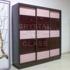 Шкафы купе со стеклом лакобель