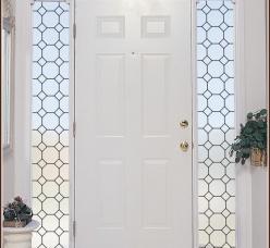 Заливные витражи в двери